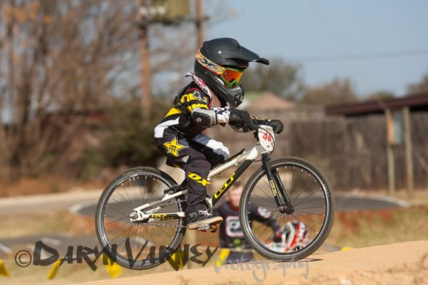 little-bmxer